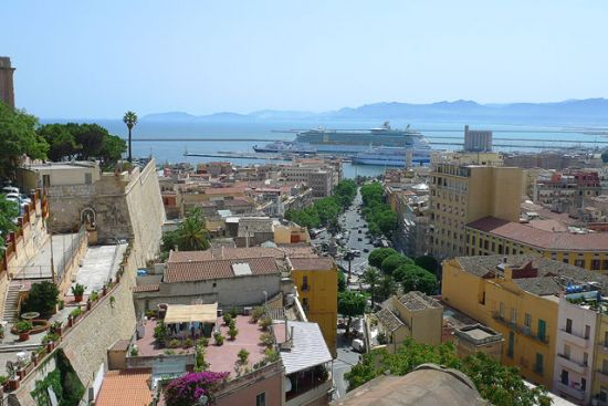 Panorama sul porto da Piazzetta Santa Croce