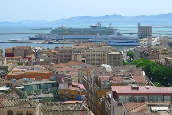 Panorama da Bastione e Independence of the Seas