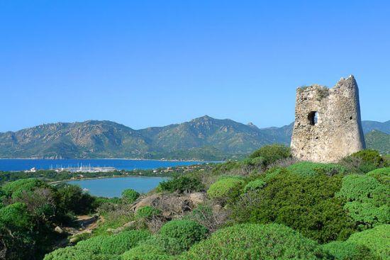 Torre e marina di Villasimius